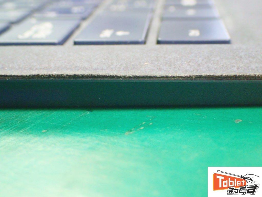 Surface Laptop キーボード分解後の貼付